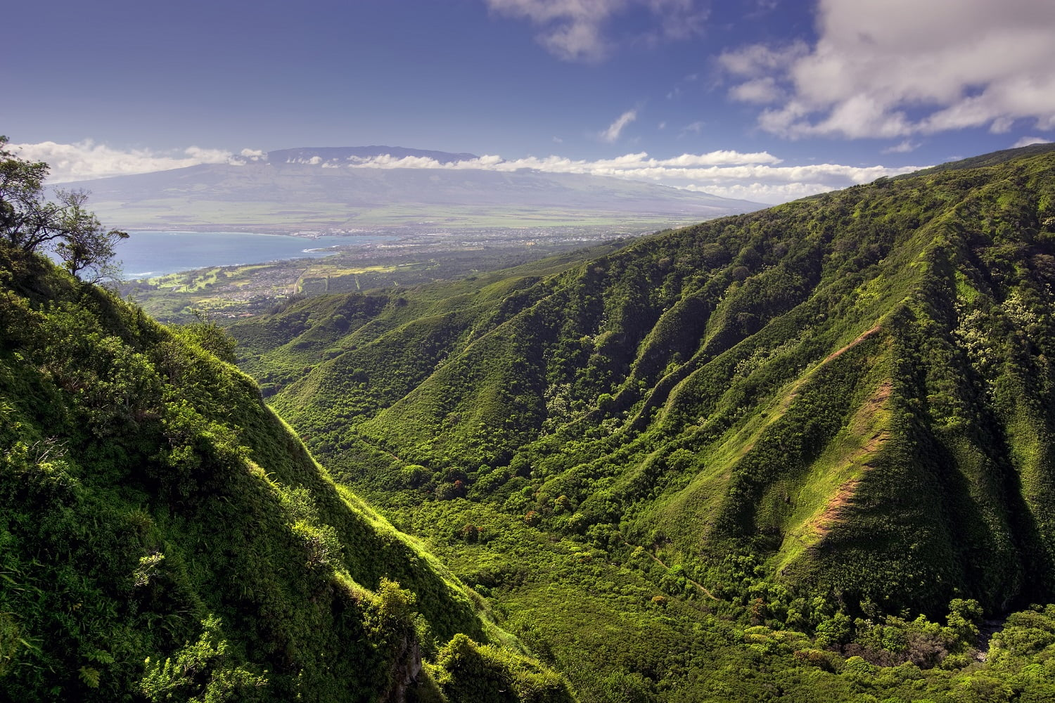 View of Kahului and Haleakala, one of the best excursions on Maui